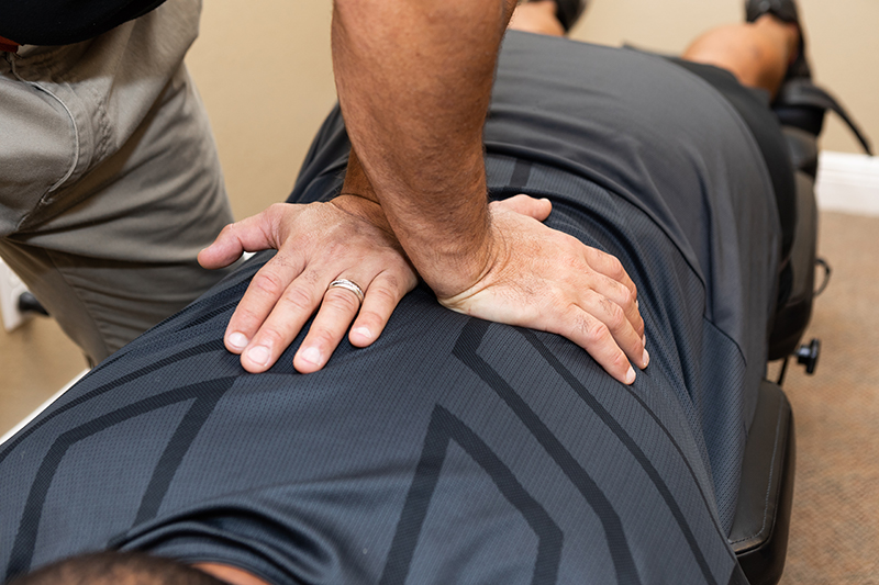 chiropractic care after a car accident at Reza Chiropractic